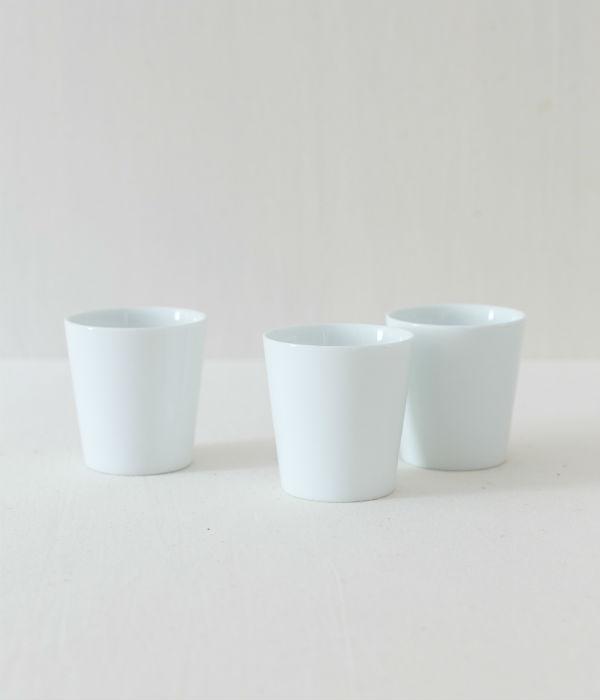白磁カップ